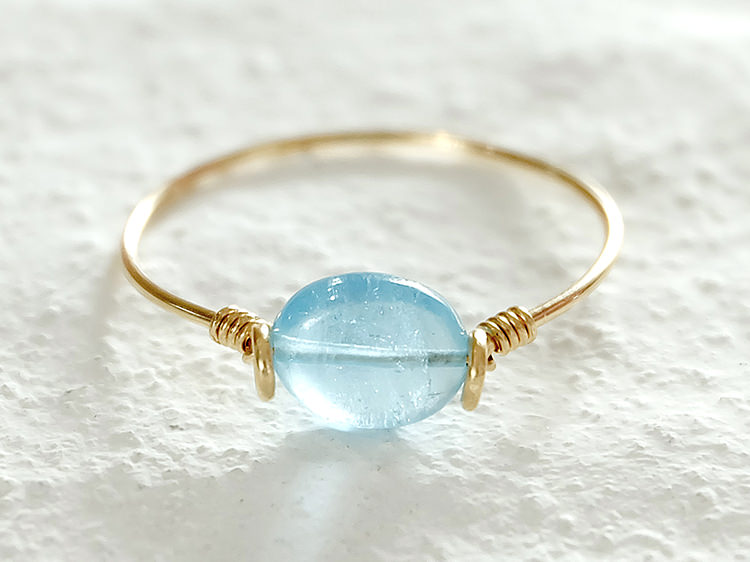 アクアマリンのリングの写真