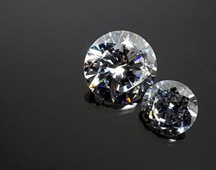ダイヤモンド*変わることのない二人の絆を表す宝石