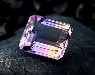 アメトリン*2色の水晶が織りなすハーモニー