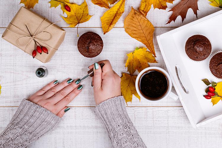 新しい自分に出会うために。質感へのこだわりを取り入れる秋のファッション。