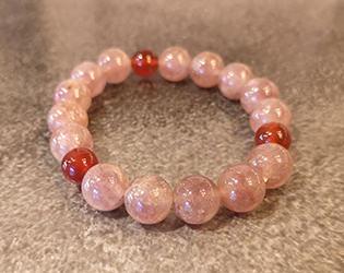ストロベリークォーツ*可愛らしい苺色をした宝石