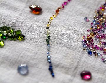 サファイア*7色の宝石とも呼べる豊富なカラーを持つ宝石